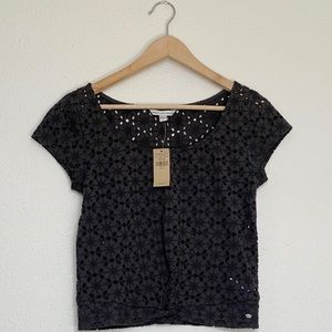 American Eagle NWT Embroidered Crop Top Size Small